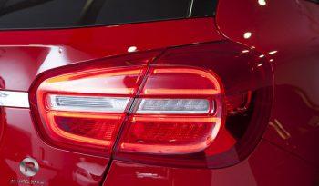 Mercedes-Benz Clase GLA 220d AMG Line lleno