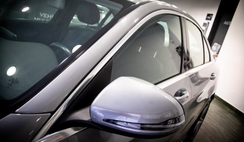 Mercedes-Benz Clase CC220 BlueTEC AMG Line lleno