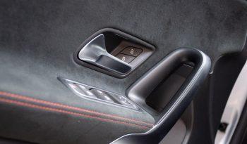 Mercedes-Benz Clase A 180d AMG Line lleno