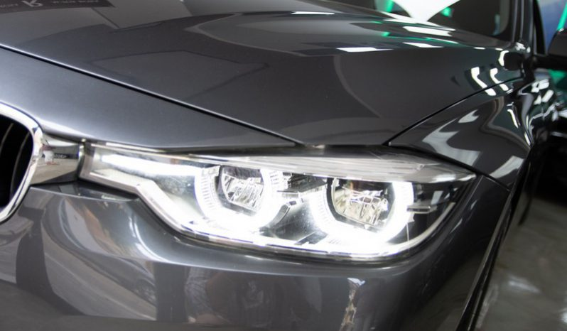 BMW Serie 3 318d lleno